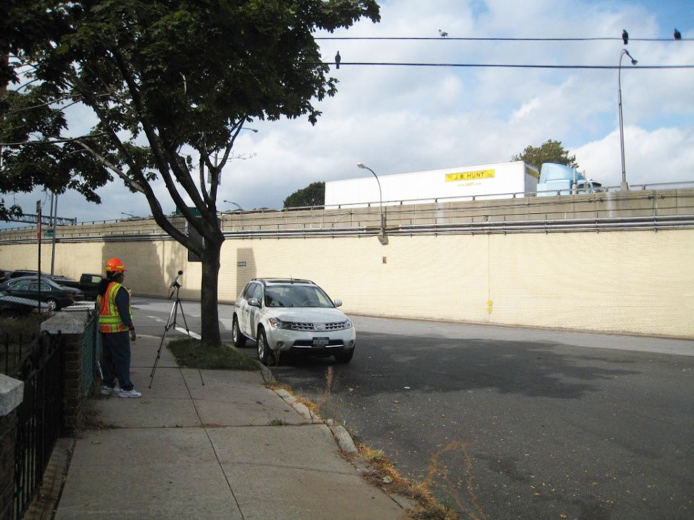 Brooklyn-Queens Expressway Type II Noise Barrier Final Design